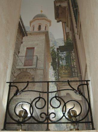 Декоративный балкончик