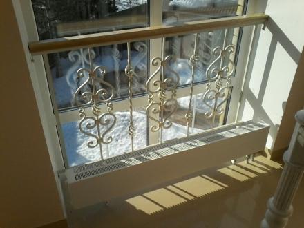 Кованые перила для внутренней лестницы