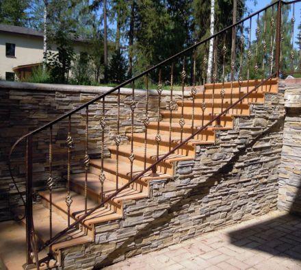 Кованая лестница цена