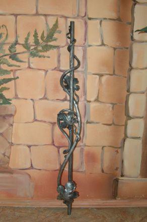 Кованая балясина лоза