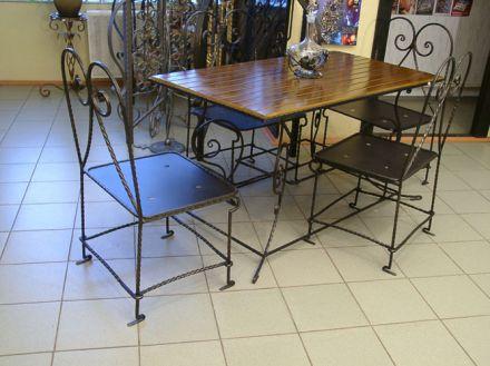 Кухонные столы кованые
