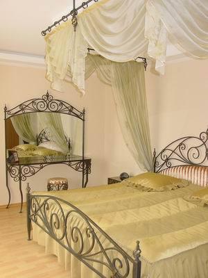 Кованые кровати недорого