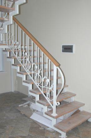 лестница на 2-х косоурах