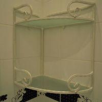 Кованая подставка в ванную