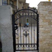 Кованая дверь калитки