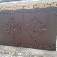 кованый декор на ворота
