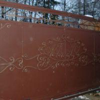 Автоматические откатные кованые ворота