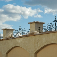 кованые навершия на забор
