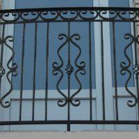 Кованые балконы во французском стиле