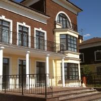 балконы в каменном доме