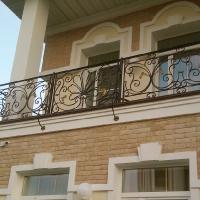красивые кованые балконные ограждения