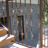 Лестничные кованые перила