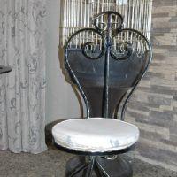 Кованые стулья фото