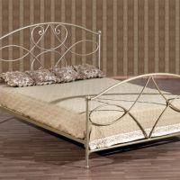 Кованая кровать фото 3